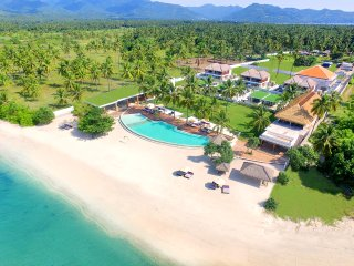 Beachfront-Suite Ocean Suite View for 4 Pax, Tanjung