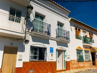 3 Caves, beach and mountain! Fantastic sea view with terraces and barbecue