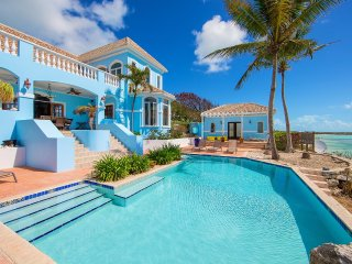 Three Cays Villa, Sleeps 8