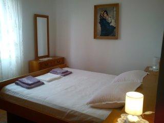 Apartment Purple - Petra