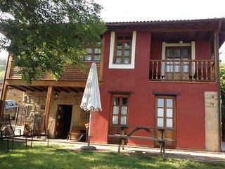 Casa de Aldea en pueblo de Asturias
