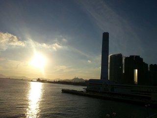 Huge 3br Amazing Apt TST 10pax Best Location in HK, Hong Kong