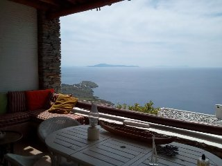 Andros Island MOUNTAIN HOUSE Sea View + Pool Sleep 4