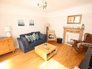 Close to beach with off-road parking & garden, Sandgate