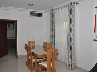 APPARTEMENT MONET, Lome