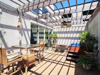 The Gardens Condominiums - Unit 705 - 3 Swimming Pools - FREE Wi-Fi - Restaurant in Beachside Colony Resort