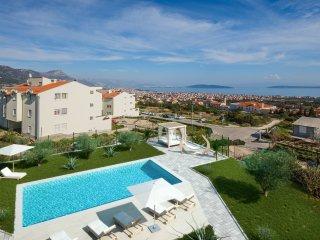 Celina, peaceful Villa with swimming pool