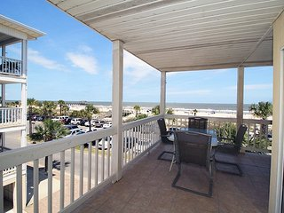 Dolphin Watch Condominiums Unit 7 - Ocean Front - FREE Wi-Fi