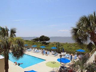Savannah Beach & Racquet Club Condos - Unit A215 - Swimming Pools - FREE WiFi