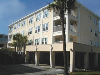Duneside Terrace Condominiums - Unit 101 - One Block from the Beach - Heated Indoor Pool - Small Dog Friendly - FREE Wi-Fi