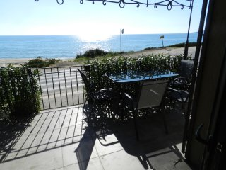 Apartment - 200 m from the beach, Afa