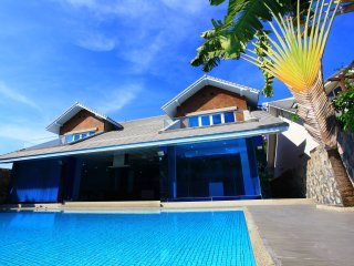 4 Bedroom Luxury Dream Villa with Private Pool Pratumnak Cosy Beach, Pattaya
