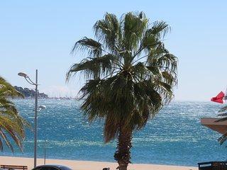 Studio en front de mer avec terrasse