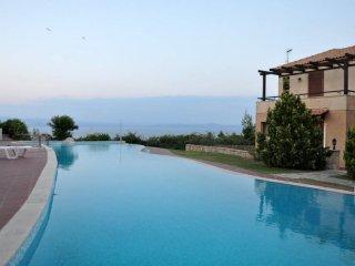 Aesthetic Pool Villa in Afytos