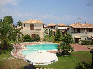 Cozy Lux Pool Villa 2, Afytos (3BD)