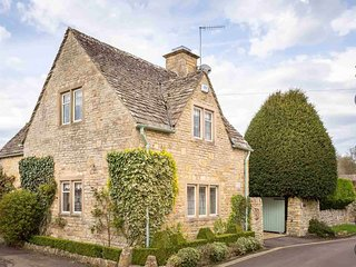 Mill Stream Cottage is a beautiful property, peacefully located on a quiet lane, Lower Slaughter