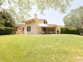 Lux-Pool Villa in Sani (2BD)