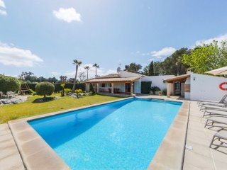 Fantastic family villa in Puerto Pollensa, just 10-minute walk into the town