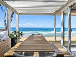 ***SWELL - THE ULTIMATE BEACH LOVERS LOCATION*** Palm Beach
