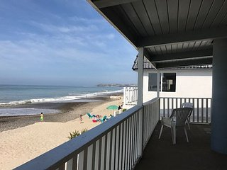 315 - Large Family Style Beach Home on the Sand - 5 Bed/2 Bath Sleeps 10