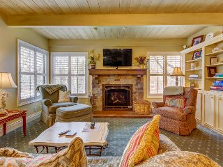 Elegant European charmer w/shared pool & hot tub, creek-front location!