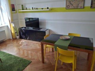 Vinohrady Garden Apartment, Prague