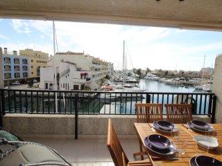 0049-CABALLITO DE MAR Apartamento con vistas al canal, Empuriabrava