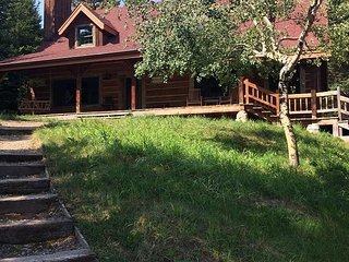 Winchester Cabin- A peaceful mountain retreat outside of Bozeman!
