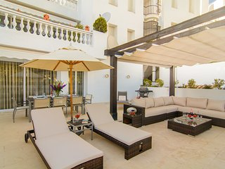 Designer apartment in White Pearl Beach Marbella