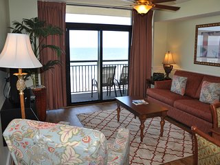 GETSY'S GETAWAY - ISLAND VISTA. OCEANFRONT - CHECK OUT OUR SUMMER SPECIALS!