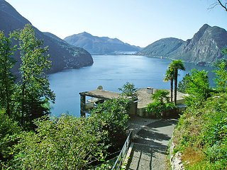 3 bedroom Villa in Ruvigliana, Ticino, Switzerland : ref 2298015, Lugano