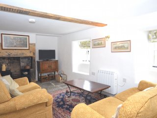 42365 Cottage in Beaminster, Hewish