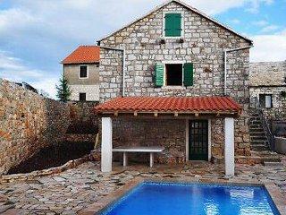 3 bedroom Villa in Brac Gornji Humac, Central Dalmatia Islands, Croatia : ref