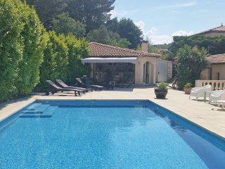 2 bedroom Villa in Nebian, Herault, France : ref 2303400