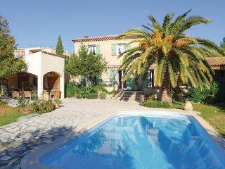 3 bedroom Villa in Marseille, Bouches Du Rhone, France : ref 2303439
