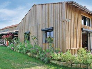 3 bedroom Villa in Mombrier, Gironde, France : ref 2303546