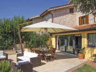 6 bedroom Villa in San Gimignano, San Gimignano / Volterra, Italy : ref 2303866