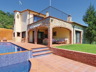 4 bedroom Villa in Sant Miquel D Aro, Costa Brava, Spain : ref 2303926