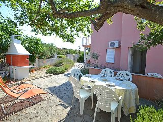 2 bedroom Villa in Petrcane, North Dalmatia, Croatia : ref 2369323