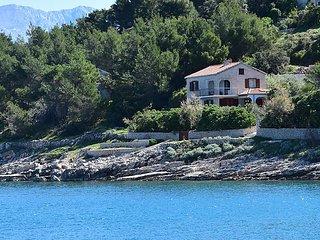 4 bedroom Villa in Povlja, Splitsko-Dalmatinska Županija, Croatia : ref 5029184