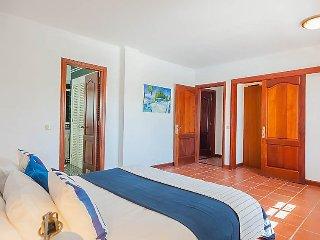 6 bedroom Villa in Maspalomas, Gran Canaria, Spain : ref 2369634