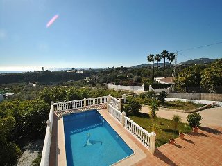 3 bedroom Villa in Nerja, Costa del Sol, Spain : ref 2369692