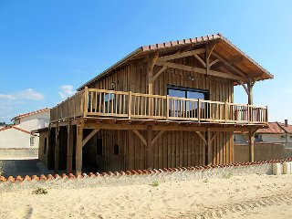 4 bedroom Villa in Mimizan-Plage, Nouvelle-Aquitaine, France : ref 5033952