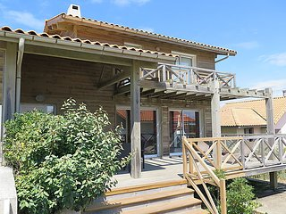 3 bedroom Villa in Mimizan-Plage, Nouvelle-Aquitaine, France : ref 5034526