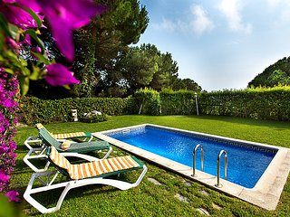 2 bedroom Villa in Lloret de Mar, Costa Brava, Spain : ref 2370221