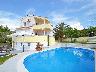 4 bedroom Villa in Zadar, Zadarska Zupanija, Croatia : ref 5035380
