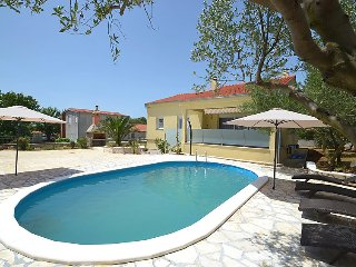 3 bedroom Villa in Zadar, North Dalmatia, Croatia : ref 2370591