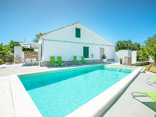 4 bedroom Villa in Ugljan Ugljan, North Dalmatia Islands, Croatia : ref 2370619