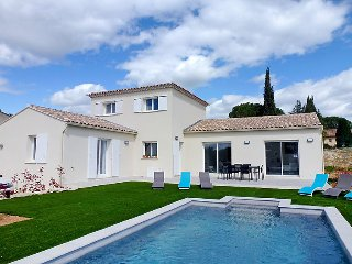 3 bedroom Villa in Uzès, Occitania, France : ref 5036564