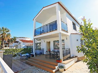 4 bedroom Villa in Cambrils, Catalonia, Spain : ref 5038528